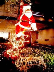 450px-Santa_Claus_kobe